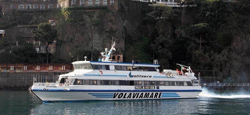 Monocarene e Catamarani Alilauro citta di forio