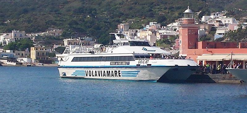 Monocarene e Catamarani Alilauro giove jet