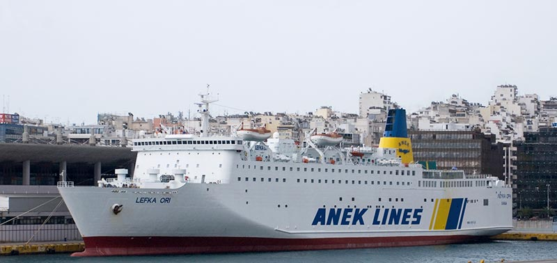 Nave Traghetto Anek Lines lefka ori
