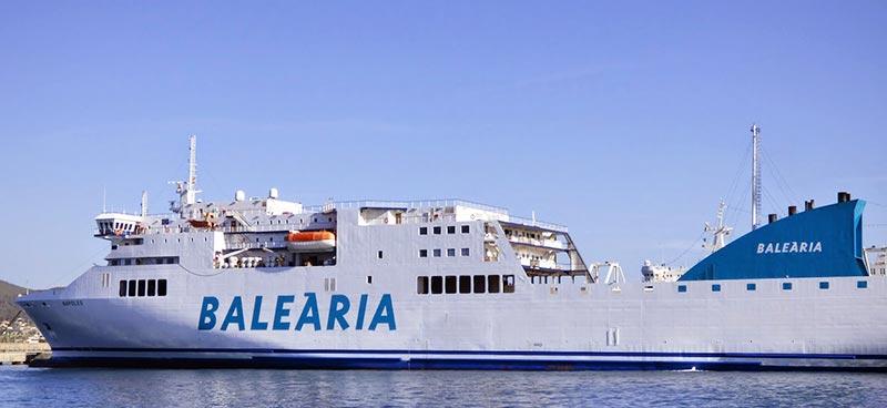 Nave Traghetto Balearia sicilia y napoles