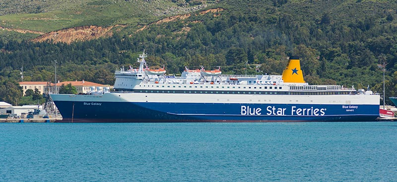 Traghetto Blue Galaxy Blue Star Ferries