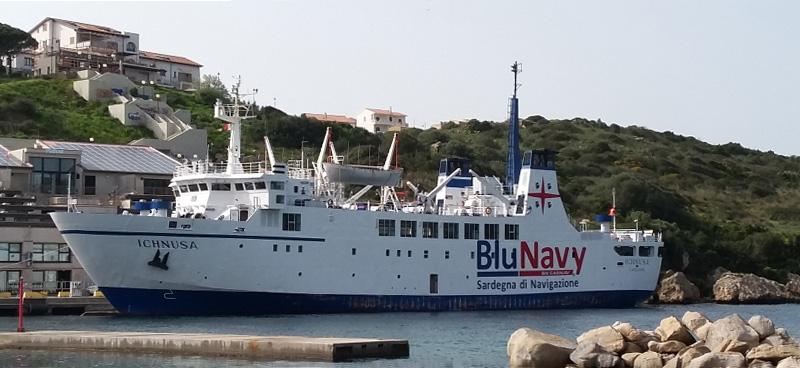 Nave Traghetto Blunavy ichnusa
