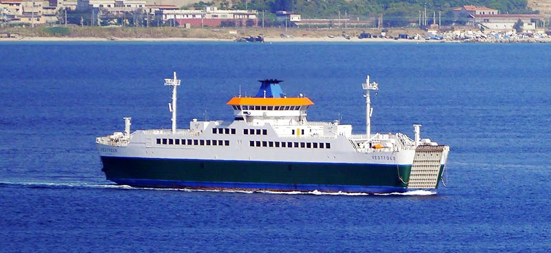 Navi Short Shipping Caronte & Tourist vestfold