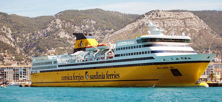 Navi Fast Cruise Corsica Ferries mega express II