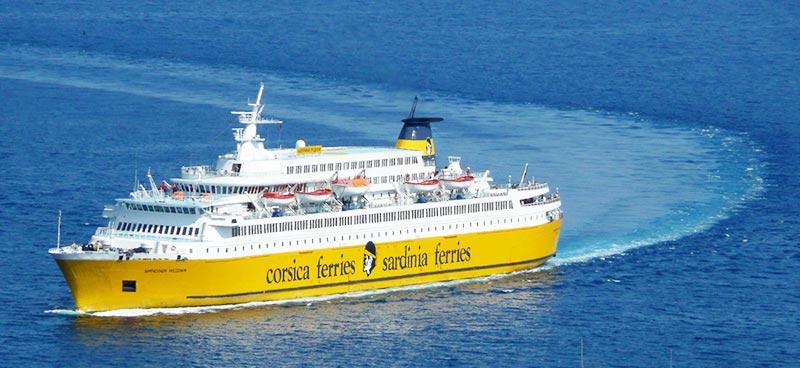 scopri la flotta corsica ferries nave cruise sardinia regina. Black Bedroom Furniture Sets. Home Design Ideas