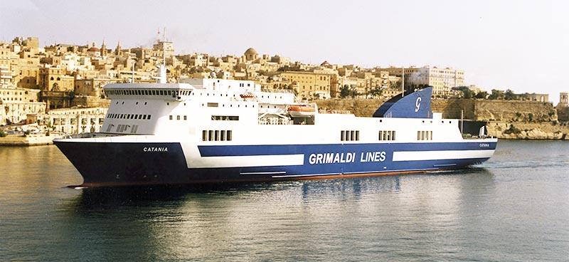 Nave Traghetto Grimaldi Lines catania
