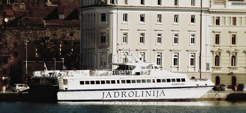 Monocarene e Catamarani Jadrolinija karolina