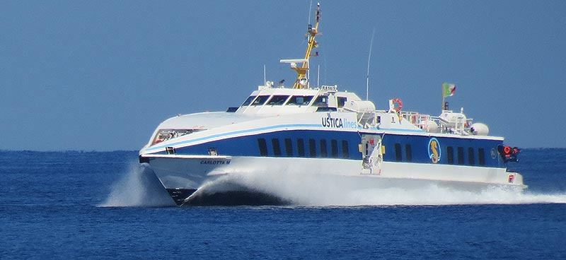 Monocarene e Catamarani Liberty Lines carlotta m