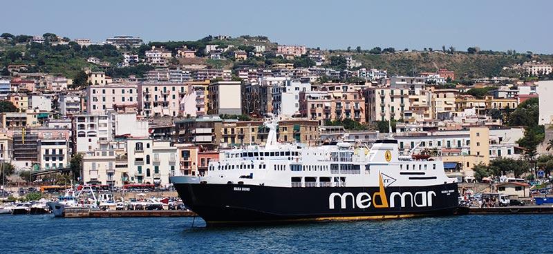 Nave Traghetto Medmar maria buono