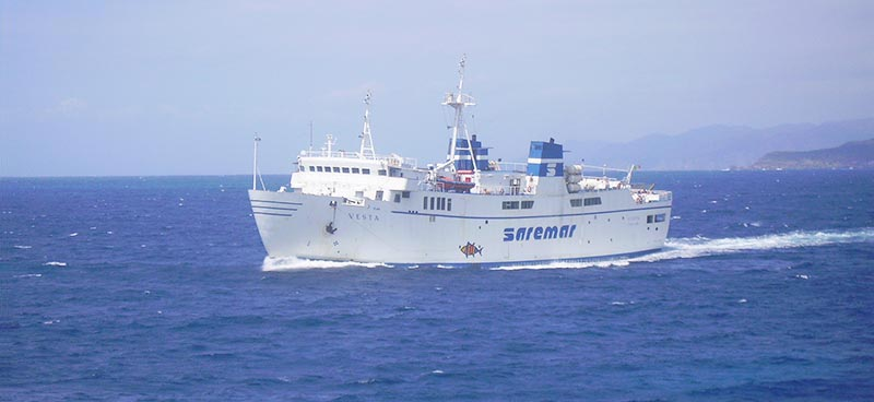 Nave Traghetto Saremar vesta