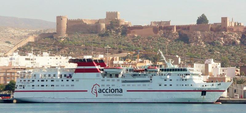 Nave Traghetto Trasmediterranea las palmas gc
