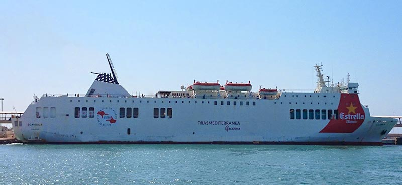 Nave Traghetto Trasmediterranea scandola
