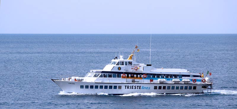 Aliscafi Trieste Lines cris m