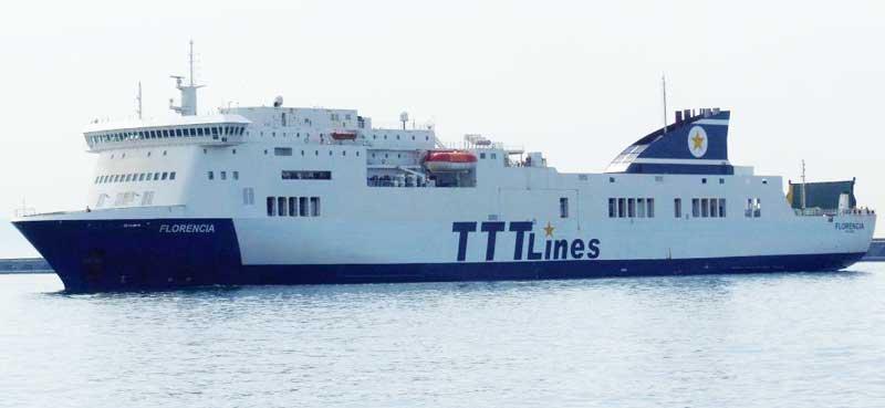 Nave Traghetto TTTLines florencia